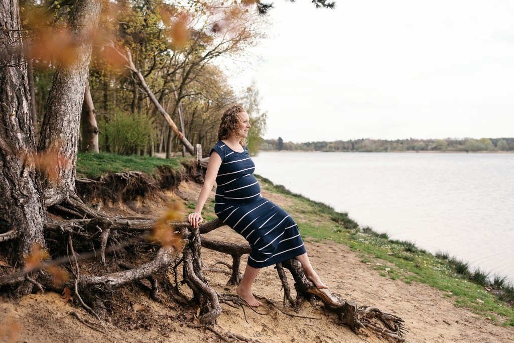 Zwangerschapsshoot-Galderse-Meren-Breda
